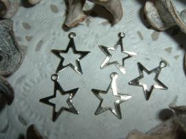 Zilverkleurige sterretjes met oogje