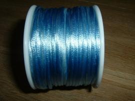 Mooi satijnkoord in de kleur lichtblauw