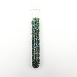 Buisje met 8 gram kleine groene glaskraaltjes