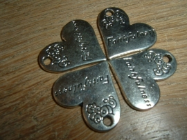 """Mooie zilverkleurige hangertjes met de tekst """"Faithfulness"""""""