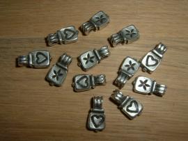 Mooie hanger tasje in antiek zilver 14 mm.