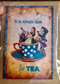Alice in Wonderland - Tea time