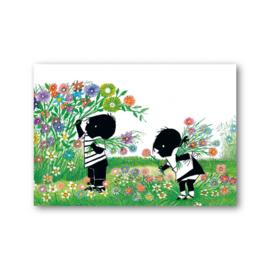 Fiep Westendorp - Jip en Janneke plukken bloemen kaart