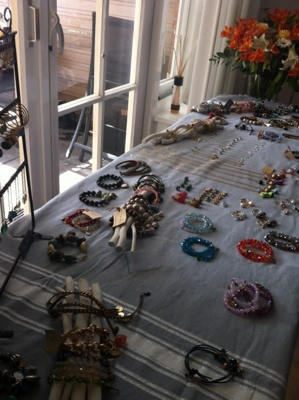 Organiseer je eigen sieraden party