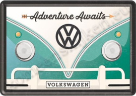 Metalen ansichtkaart VW bulli, adventure awaits 10-14 cm