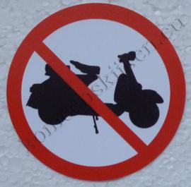 sticker verboden voor scooters 7,5 cm.
