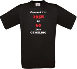 T-shirt met tekst naar wens