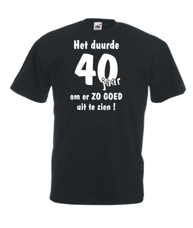 T-shirt - zwart - Het duurde 40 jaar - maat L