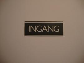 Kunststof bordje artnr.12053 INGANG