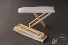 Inklapbare strijkplank