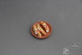 Schaal met burritos