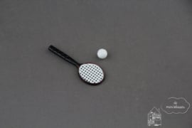 Tennisracket met bal