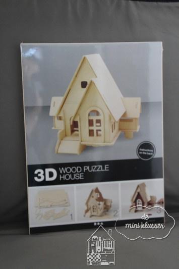 Huis met uitbouw.