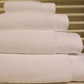 Luxe handdoeken Wit 700 grams 60 x 110 cm