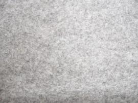Melee donkergrijs lapje 20 x 30 cm.