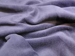lila velours 50 x 70 cm.