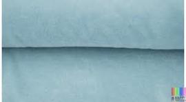 lichtblauw velours 50 x 70 cm.