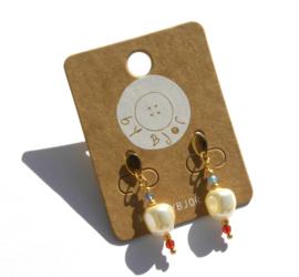 Pearl & Stones golden earrings