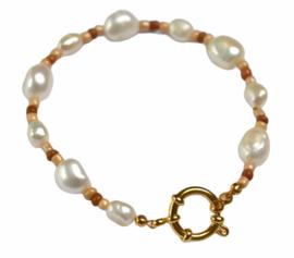 Chunky Beads & Pearls Bracelet