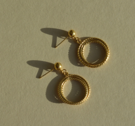 Circles Golden Earstuds