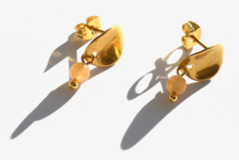 Curved & Stone Golden Earstuds