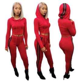 Rood setje, legging en top met groen rode strepen