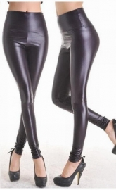 Zwarte Faux Leather legging.