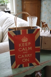 "stoer papieren kadotasje ""Keep calm and carry on"""