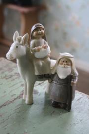 """mooi beeldje """"Josef en Maria met kindeke Jezus en de ezel"""" L"""