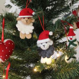 vilten kerstschaapje in wit