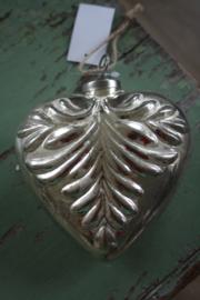 hangers en ballen glas en zilver