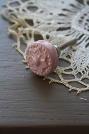 """mooi klein kastknopje met ster """"roze"""""""