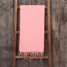 handgemaakte dunne plaid  in  flamingo roze
