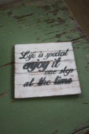 """dun houten onderzetter """"life is special"""""""