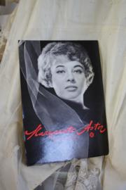 """mooie kartonnen reclameplaat """" Astor"""""""