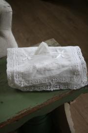 mooie tissue hoes met dubbel kant en borduursel