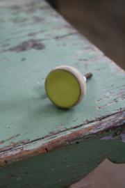 mooie houten knop met geel