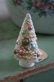 prachtig creme miniboompje met pastelkleurige ballen