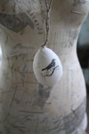 mooi handgemaakt ei met vogel