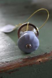 mooi klein porseleinen knopjes in lila/blauw