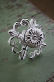 wit ijzeren knop met lely