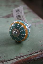porseleinen knop met stippeltjes