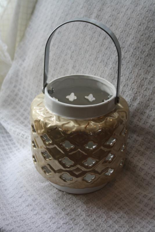 porseleinen lantaarn in wit en goudkleur