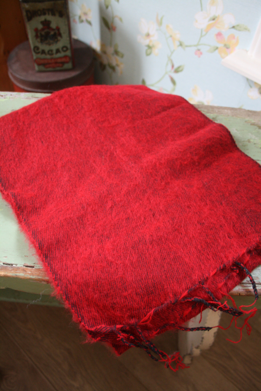 heerlijk warme geborstelde sjaal in rood