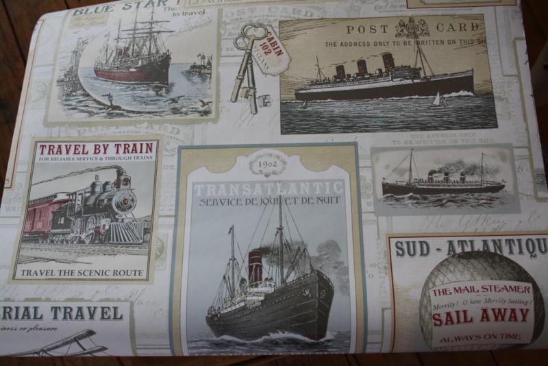 behang met nostalgische boten en treinen