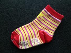 4885 anti slip sokken met streepjes en gele ster