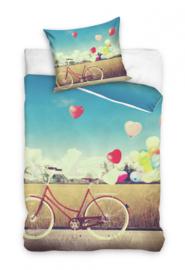 Dekbedovertrek fiets met hart vormige luchtballonnen