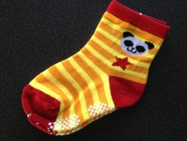5299 antislip sokken geel rood met ster en grappig beestje