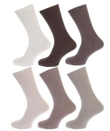 100% katoenen sokken 3 paar willekeurige kleuren,  zonder knellende boorden,  mt 39 - 45