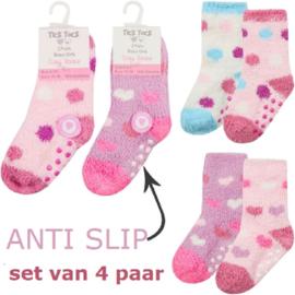 Anti slip fluffy baby sokjes - set van 4 paar - maat 0-15